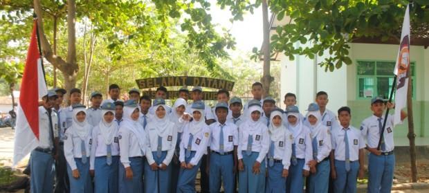 anggota osis smk negeri 3 tuban tahun pelajaran 2014 2015